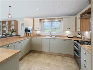 2018 Willerby Portland Lodge kitchen