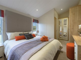 2018 Willerby Portland Lodge main bedroom