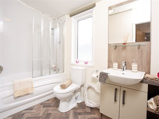 2018 Atlas Lilac Lodge Holiday Home - bathroom