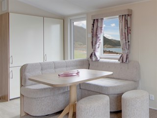 2017 Willerby Rio Gold 12 Dining Area