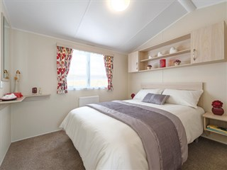 2017 Willerby Rio Gold 12 Main Bedroom