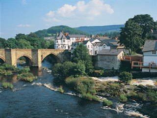 Llangollen Bridge over the River Dee