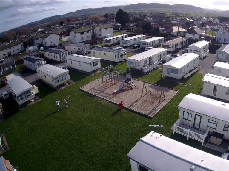 Browns Holiday Park (Towyn)